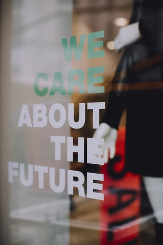 La parità di genere e il clima che cambia: ecofemminismo e moda sostenibile
